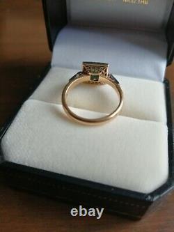 1930s Art Deco 18ct Gold Emerald And Diamond Square Set Ring (Size M)