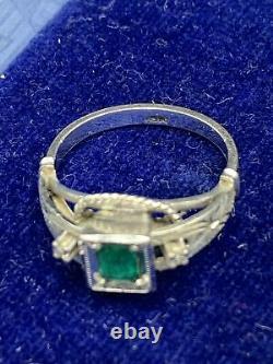 Antique 18k White Gold Colombian Emerald Diamond Art Deco Ballerina Halo Ring