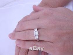 Exceptional 1.71 carat 3 stone diamond platinum ring