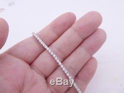 Stunning 3 1/2 carat 18 carat gold diamond tennis bracelet