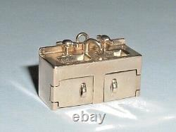 VINTAGE 14k YELLOW GOLD 3D MOVEABLE KITCHEN SINK PENDANT CHARM
