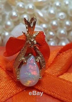 VINTAGE ESTATE natural GENUINE OPAL PENDANT DIAMOND ACCENT NECKLACE GEMSTONE